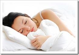 Человек проводит во сне 30% жизни. Остальные 70% мечтает выспаться.