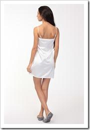 """Ночная сорочка - путь от """"юбки для спальни"""" до одного из самых любимых предметов гардероба."""