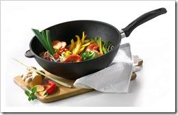 Как ухаживать за чугунной посудой?